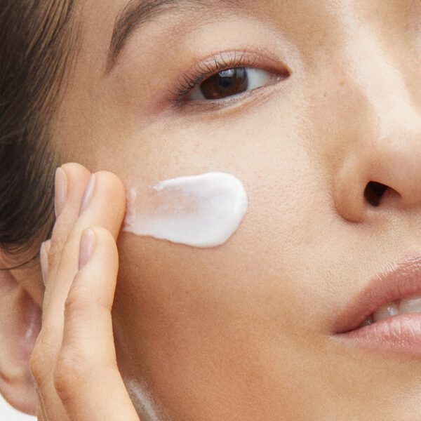 SHISEIDO Vital Perfection Firming Lift Day Cream SPF 30